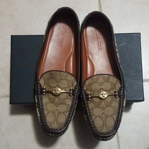 Coach woman loafer/ slip o
